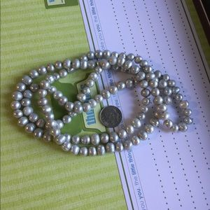 Jewelry - Green pearl necklace